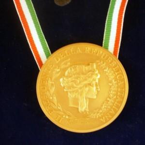 Foto della Medaglia del Capo dello Stato come riconoscimento al Festival